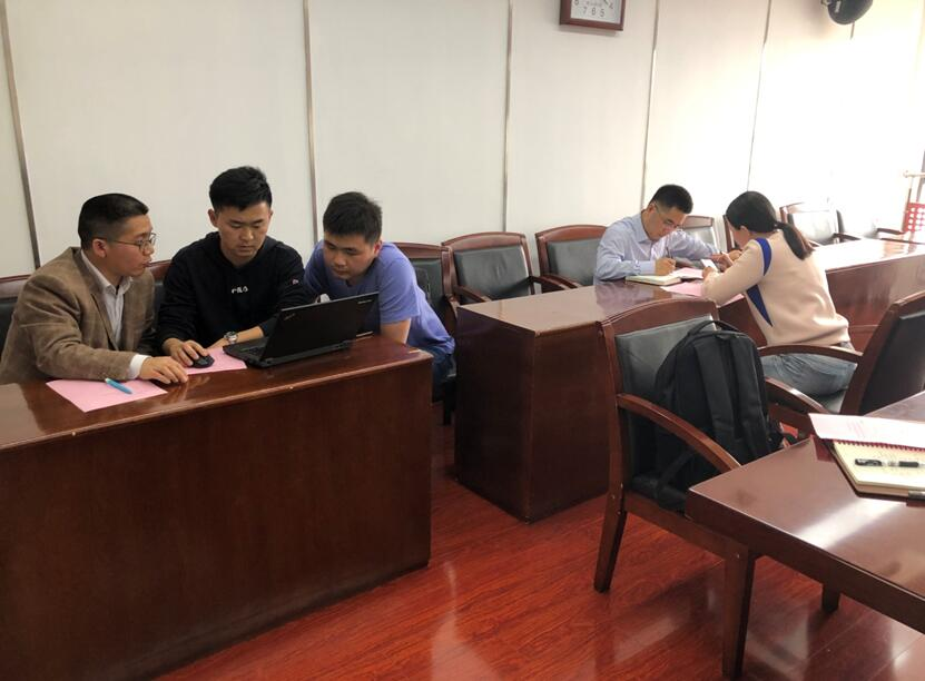 镇江市技术交易市场产学研活动对接行——南京工程学院。。.jpg