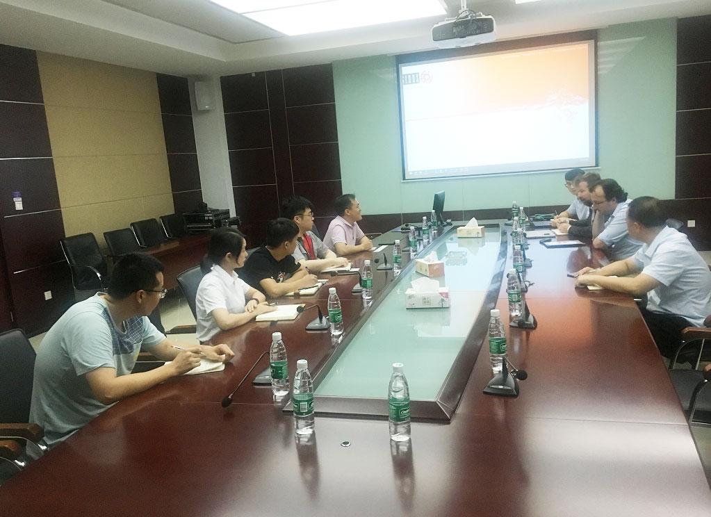 镇江市技术交易所携荷兰专家团队与航天海鹰企业开展技术专题研讨对接活动。.jpg