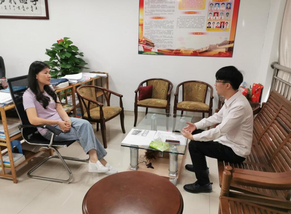 广西网上技术市场走访南宁市良庆区科技局.jpg