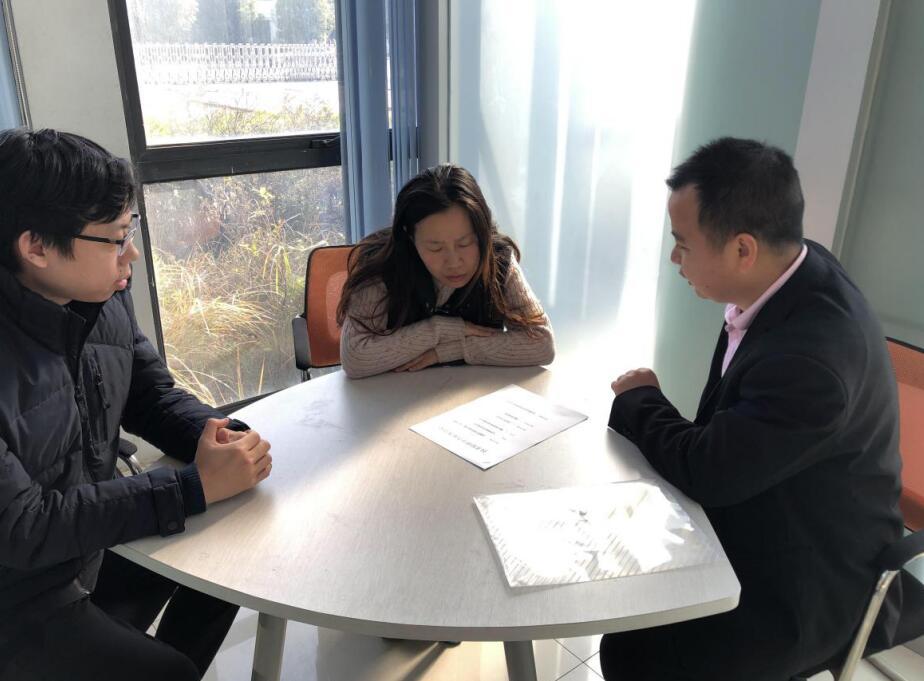 镇江市技术交易市场走访江苏奥雷光电有限公司1.jpg